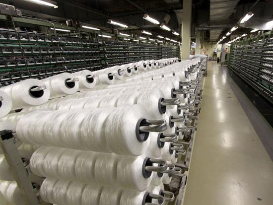 O setor têxtil do país espera a abertura de 47,3 mil vagas no Pronatec Brasil Maior para contar com profissionais qualificados (foto: www.guiatextil.com)