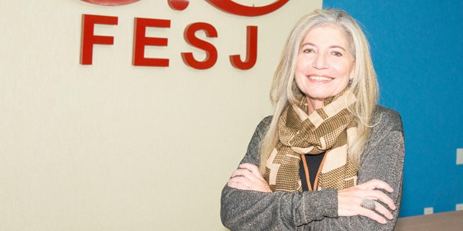Profª Sheila Piotto: Primeira presidente mulher à frente da Fundação Educacional São José